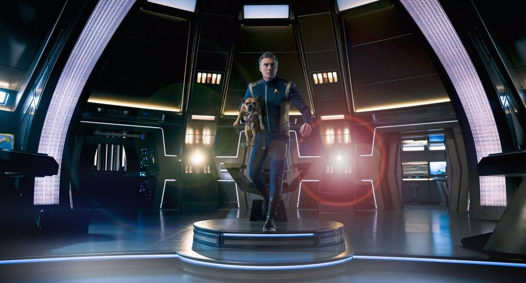 Anson Mount & his dog. - STDP 040 - Star Trek Discovery S2E14 (24:01)