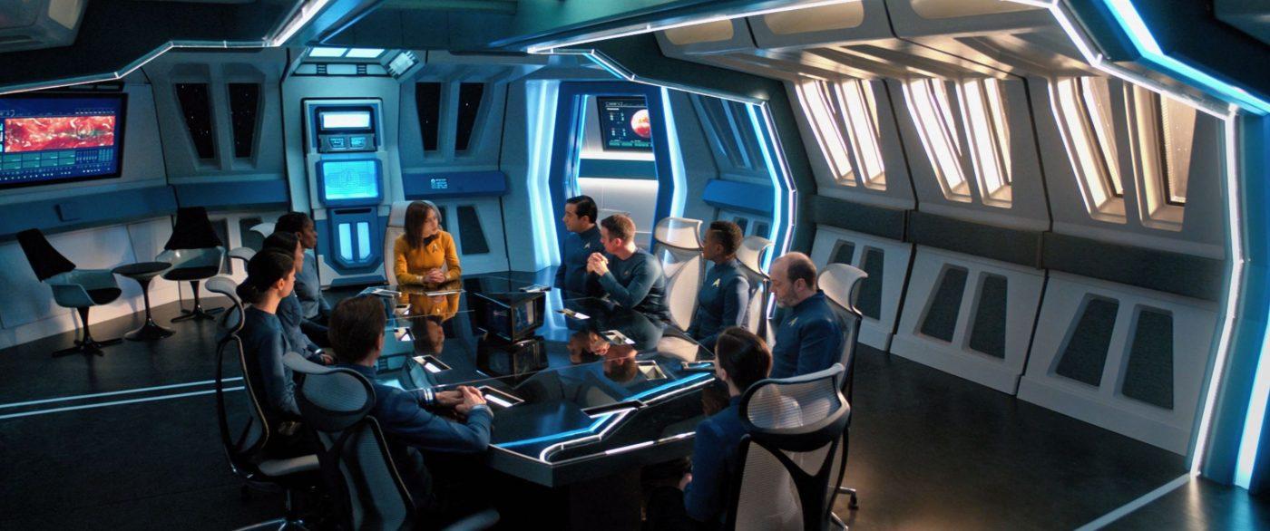 Captain Lynne Lucero and her new crew - STDP 045 - Short Treks S2E2 (02:07)
