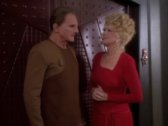 Odo and Lwaxana in The Forsaken